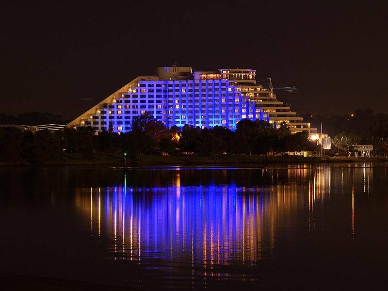 Crown Casino Griven Usa Led Architectural Lighting